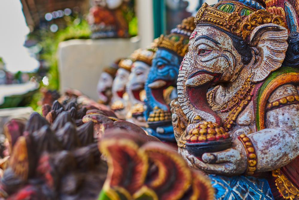 Patung Ukiran Khas Bali
