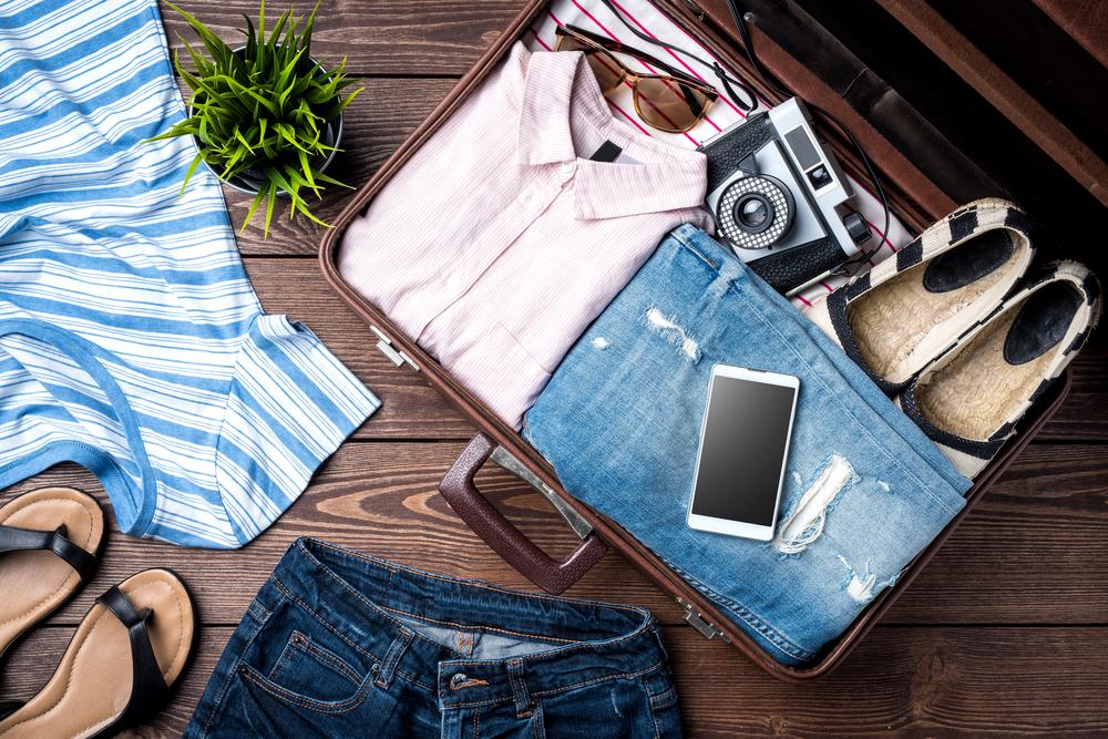 Tips Safari Trip Indonesia: Siapkan Pakaian dan Peralatan yang Tepat