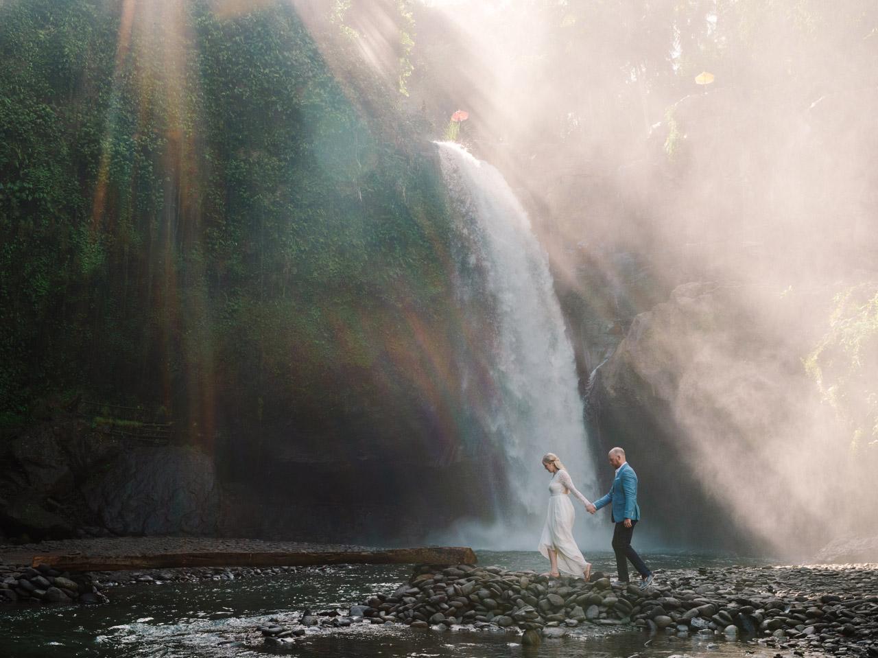 Pesona Keindahan Air Terjun Campuhan Bali