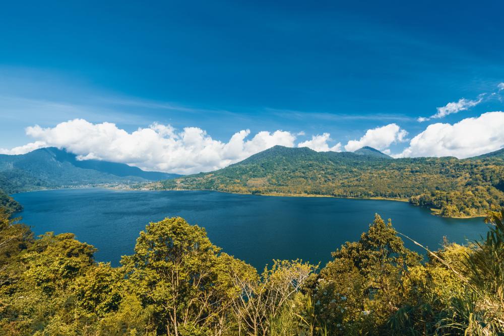Tempat Wisata di Bali Selain Pantai: Danau Buyan