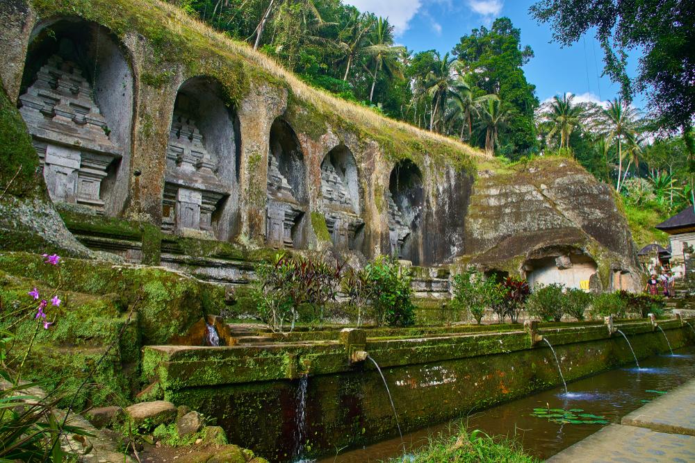 Tempat Wisata di Bali Selain Pantai : Candi Gunung Kawi