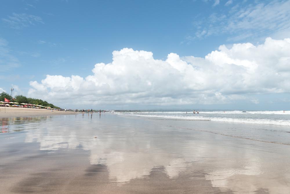 Pantai Legian Bali Indonesia
